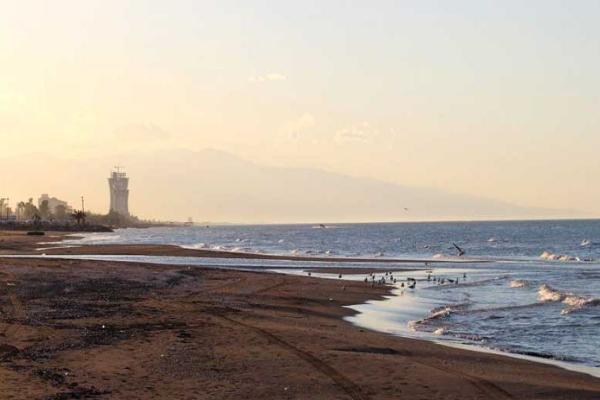 سواحل زیبای شمال برای شنا و اقامت