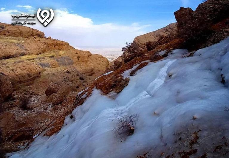 کوهنوردی-در-کوه-سرخ-شیراز