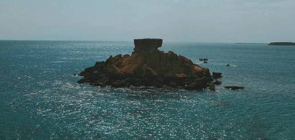 جزیره ناز از جاهای دیدنی قشم