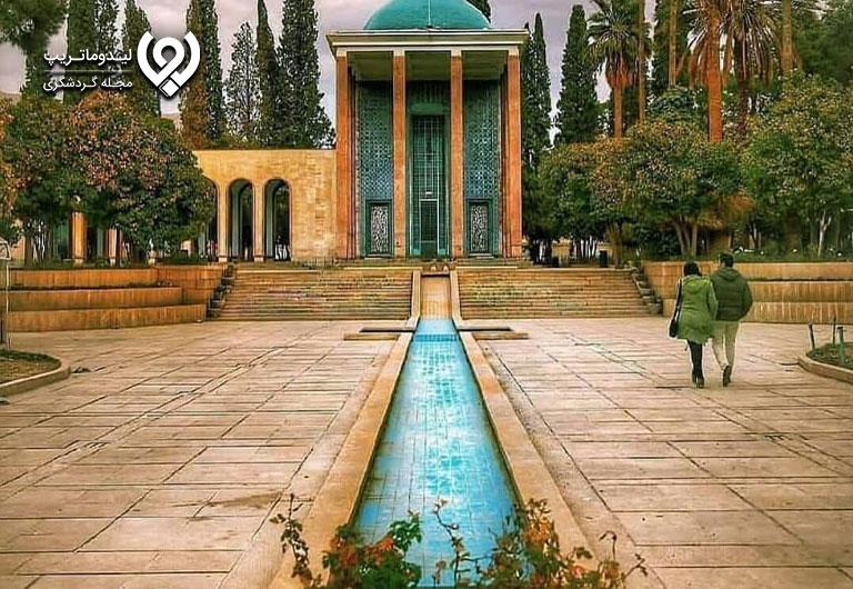 عکس-آرامگاه-سعدی-و-حافظ
